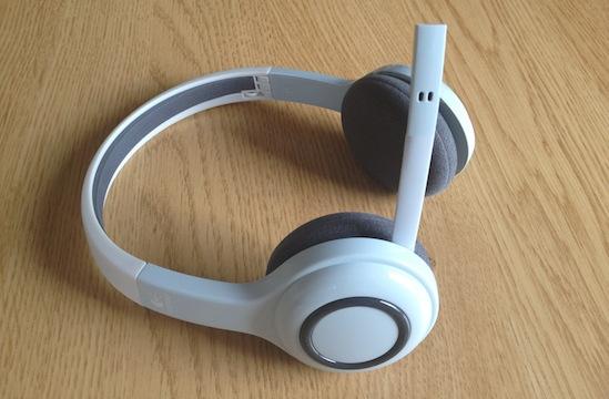 Photo of Nuevos cascos Bluetooth para iPad y iPhone de Logitech