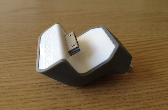 MiniDock iPhone BlueLounge 7 MiniDock: Un original soporte de carga para iPhone