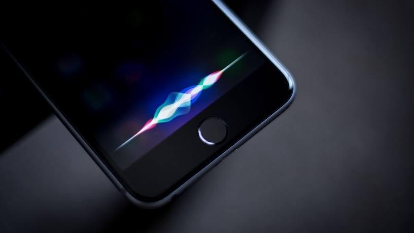 Funcionalidad Siri en el iPhone de Apple